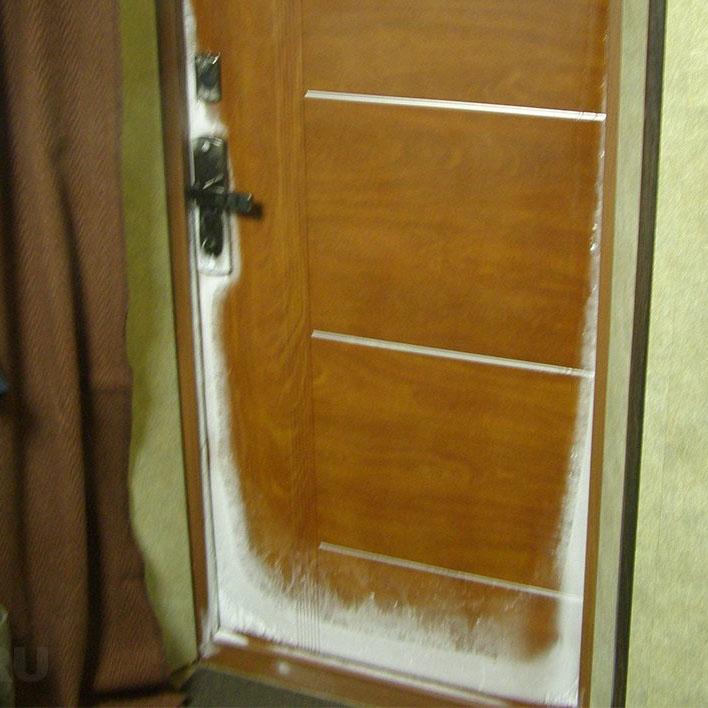 Железная входная дверь без утеплителя