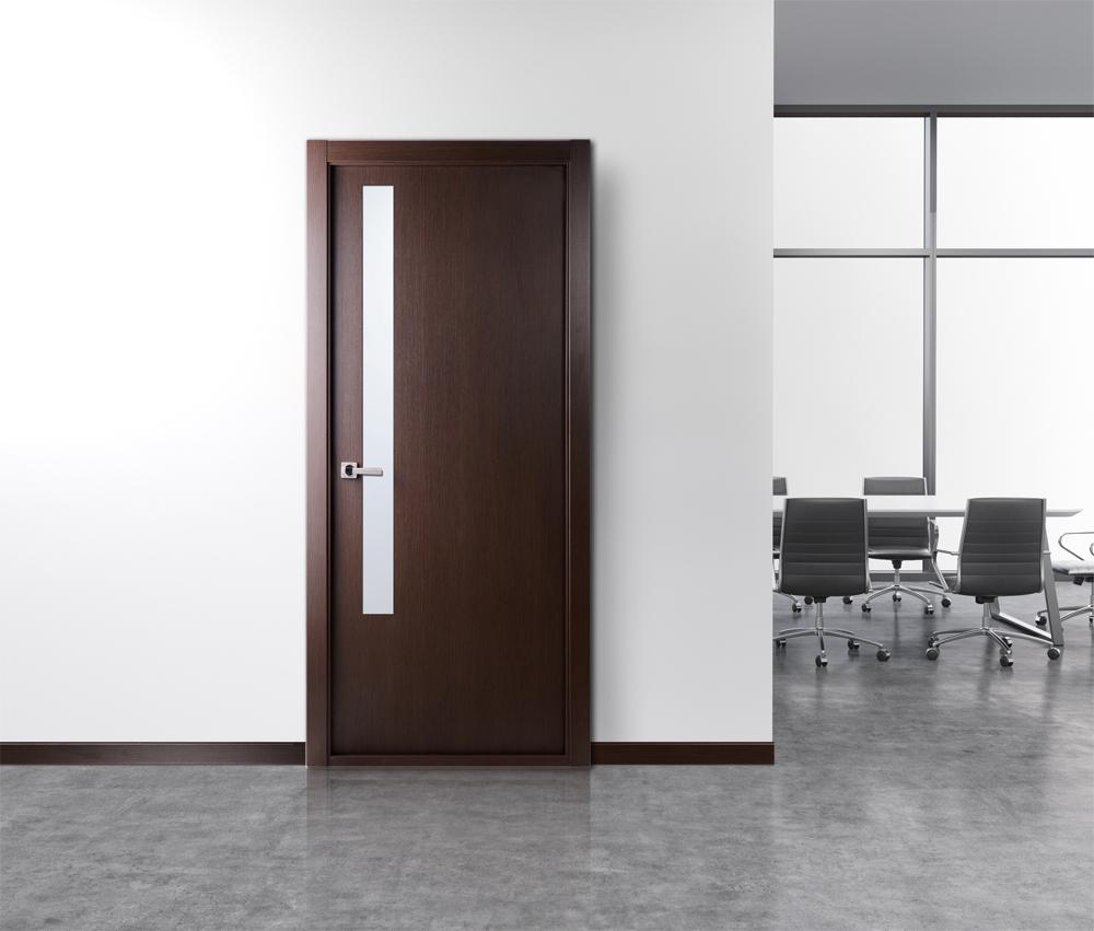 Дверь в офис под дерево