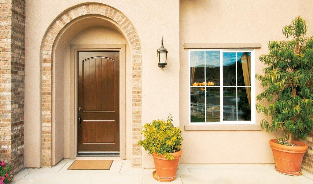 Качественные и надежные входные двери в частный дом