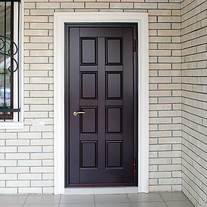 Недорогая входная дверь в частный дом